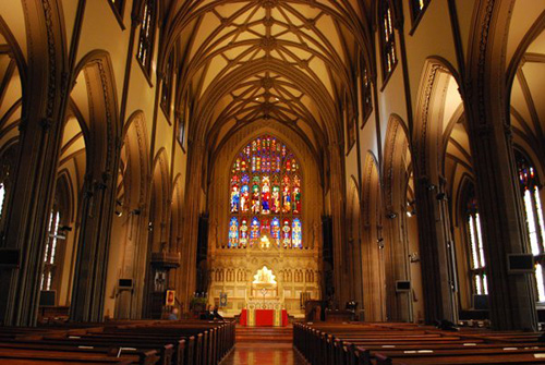 3283928-Gorgeous-interior-of-Trinity-Church-0.jpg