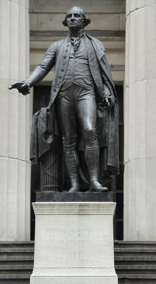 George_Washington_Statue_at_Federal_Hall.JPG