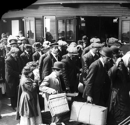 Ellis Island Immigration Museum_5.jpg