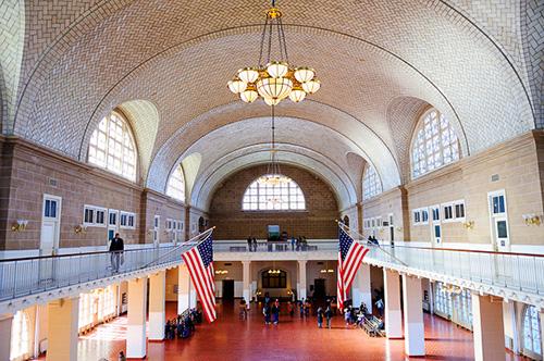 great-hall-ellis-island-immigration-museum-new-york.jpg
