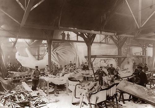 historical-photos-pt5-construction-statue-of-liberty-1884.jpg